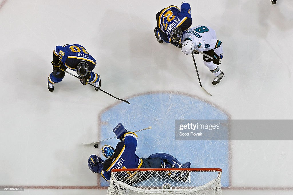 Brian Elliott #1 of the St. Louis Blues defends the net against the San Jose Sharks in Game One of the Western Conference Final during the 2016 NHL Stanley Cup Playoffs at the Scottrade Center on May 15, 2016 in St. Louis, Missouri.