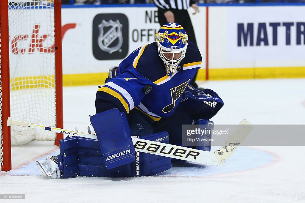Chicago Blackhawks v St. Louis Blues - Game 1 : News Photo