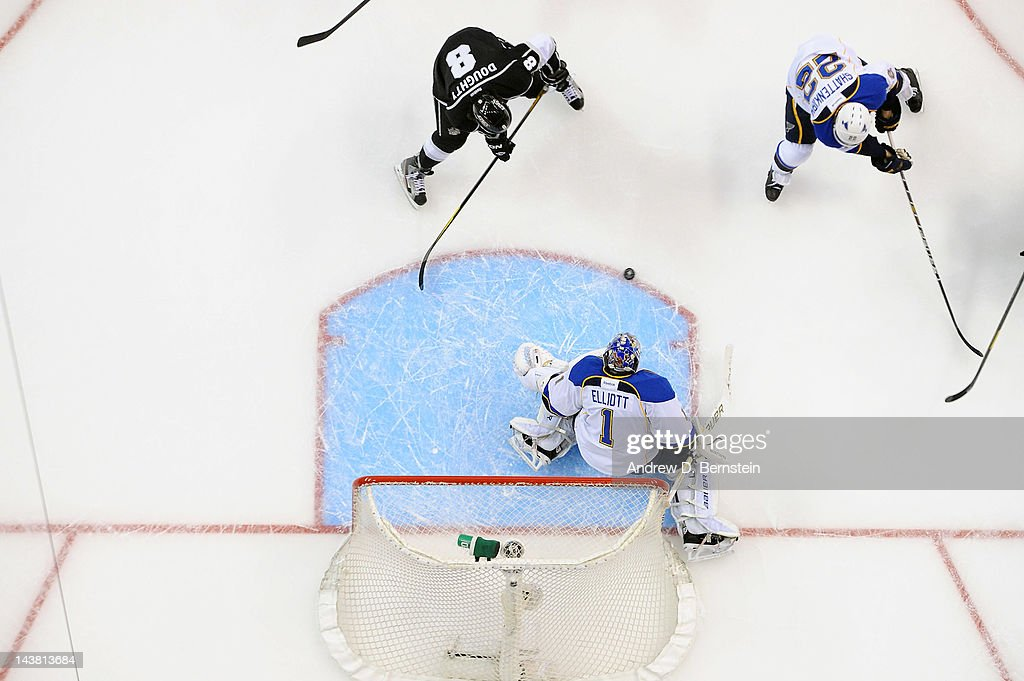 Brian Elliott #1 of the St. Louis Blues makes the save against Drew Doughty #8 of the Los Angeles Kings in Game Three of the Western Conference Semifinals during the 2012 NHL Stanley Cup Playoffs at Staples Center on May 3, 2012 in Los Angeles, California.