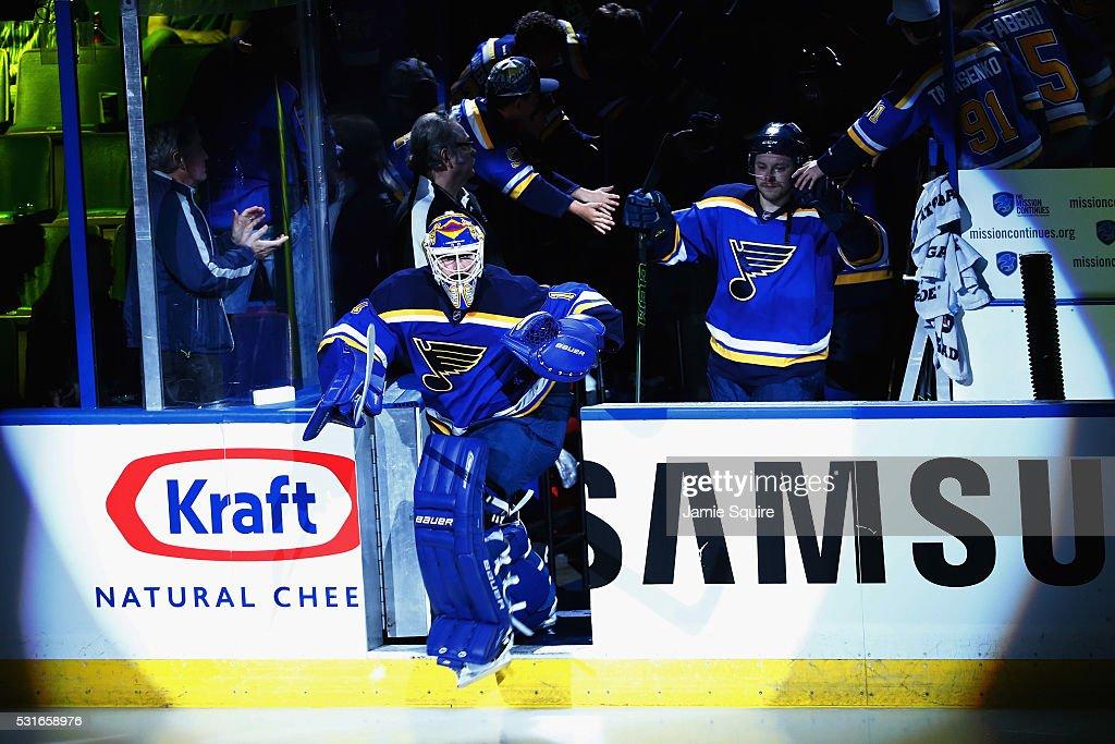 San Jose Sharks v St Louis Blues - Game One : News Photo