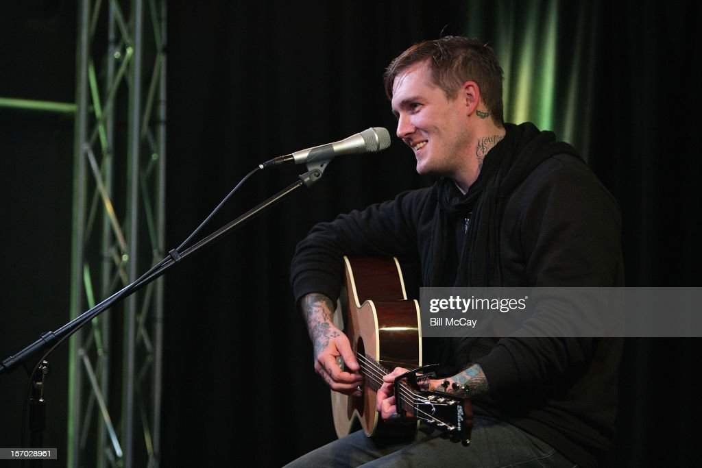 Brian Fallon from the band Gaslight Anthem performs at Radio 104.5 iHeartRadio Performance Theater November 27, 2012 in Bala Cynwyd, Pennsylvania.