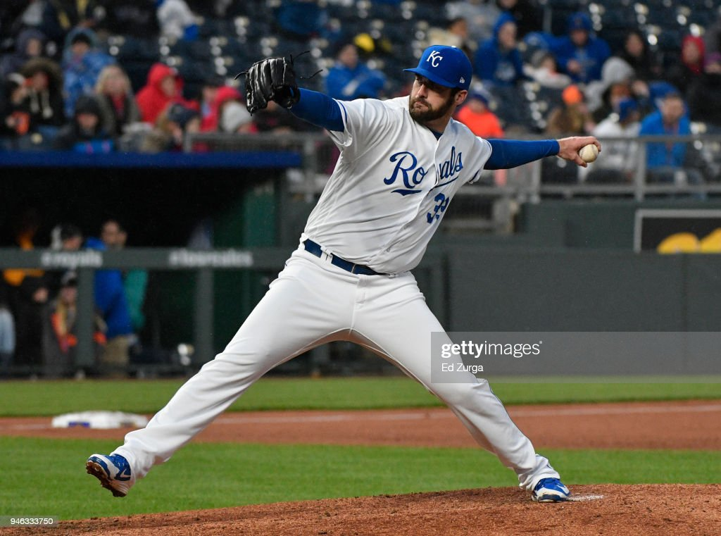 Brian Flynn #33 of the Kansas City Royals throws in the fifth inning against the Los Angeles Angels of Anaheim at Kauffman Stadium on April 14, 2018 in Kansas City, Missouri.