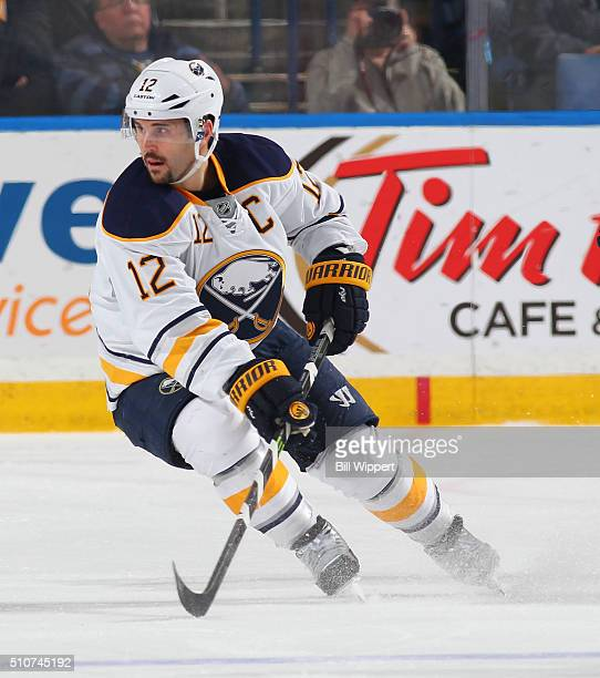 Brian Gionta of the Buffalo Sabres skates against the Boston Bruins during an NHL game on February 4 2016 at the First Niagara Center in Buffalo New...