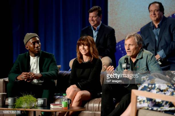 Brian Hayes Currie Nick Vallelonga Mahershala Ali Linda Cardellini and Viggo Mortensen attend the Green Book press conference during 2018 Toronto...