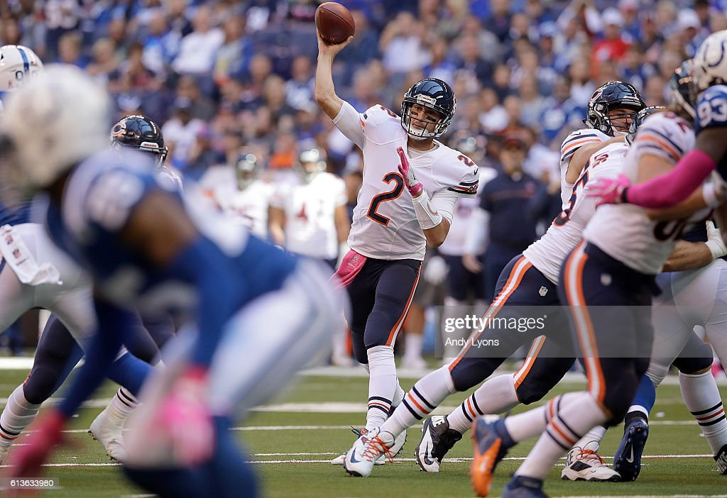 Brian Hoyer #2 of the Chicago Bears passes the ball during the game against the Indianapolis Colts at Lucas Oil Stadium on October 9, 2016 in Indianapolis, Indiana.