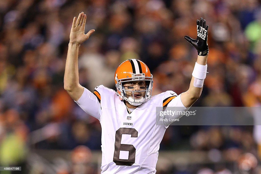 Brian Hoyer #6 of the Cleveland Browns celebrates a touchdown during the third quarter of the game against the Cincinnati Bengals at Paul Brown Stadium on November 6, 2014 in Cincinnati, Ohio.