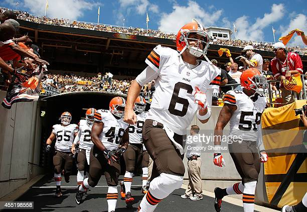 Brian Hoyer of the Cleveland Browns takes the field prior to the game against the Pittsburgh Steelers at Heinz Field on September 7 2014 in...