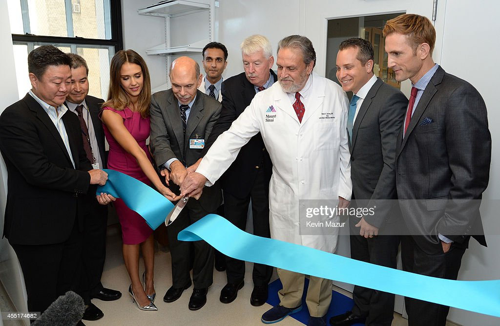 The Honest Company Ultra Clean Room Unveiled at The Mount Sinai Hospital in NYC : News Photo