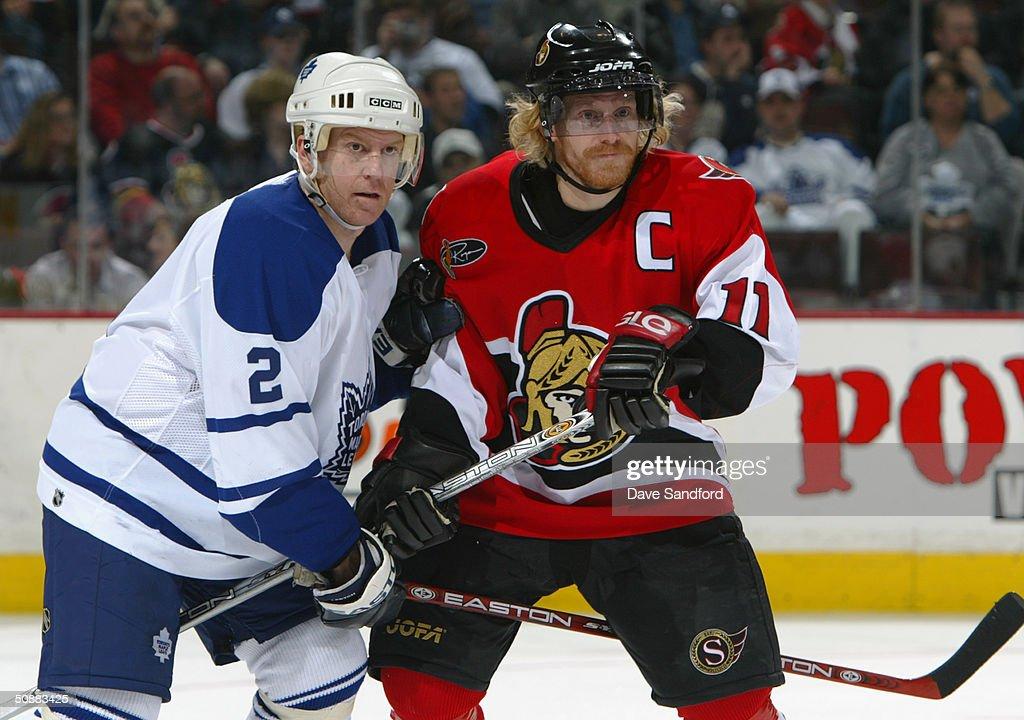 Senators v Maple Leafs : News Photo