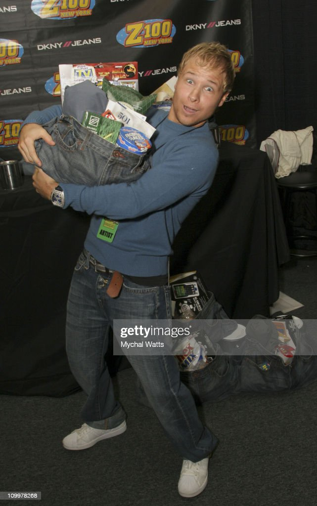Z100's Zootopia 2005 - On 3 Productions Gift Lounge : News Photo