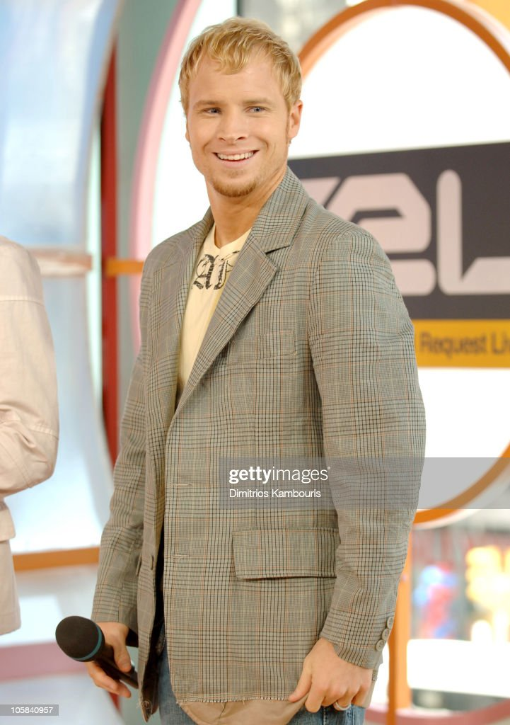 "Backstreet Boys Visit MTV's ""TRL"" - June 14 2005 : News Photo"