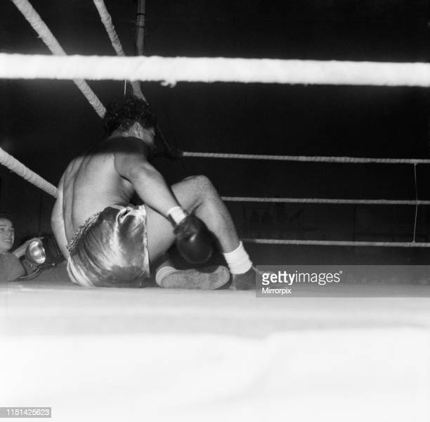Brian London vs Kitione Lave Commonwealth Heavyweight Title Eliminator Greyhound Stadium West Hartlepool County Durham London won on points over 10...