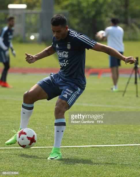 Brian Mansilla of Argentina controls the ball during an Argentina training session at the Jeonju World Cup Stadium Auxiliary Field ahead of the FIFA...