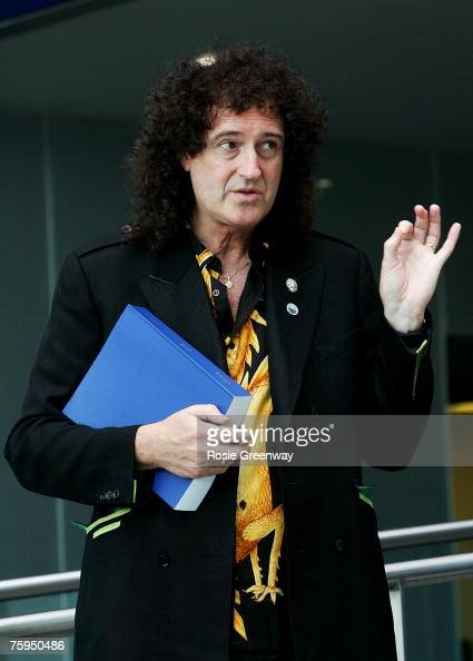 Rock Star/Astrophysicist Dr. Brian May Backstage With New Horizons   NASA