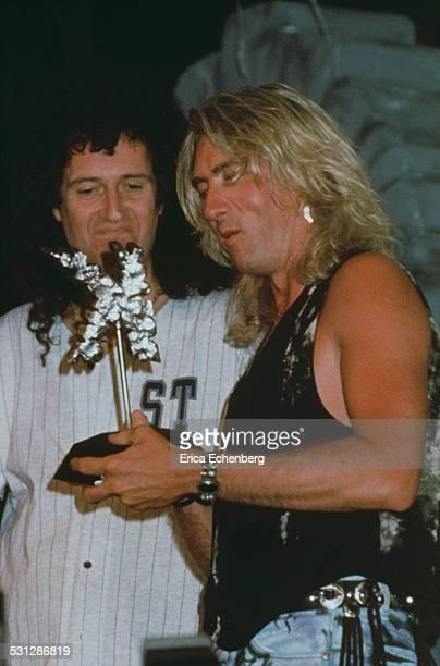 Brian May of Queen and Joe Elliott of Def Leppard, Kerrang Awards, London, 1994.