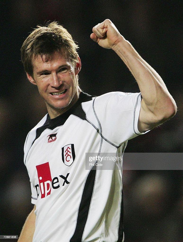 Charlton Athletic v Fulham : News Photo