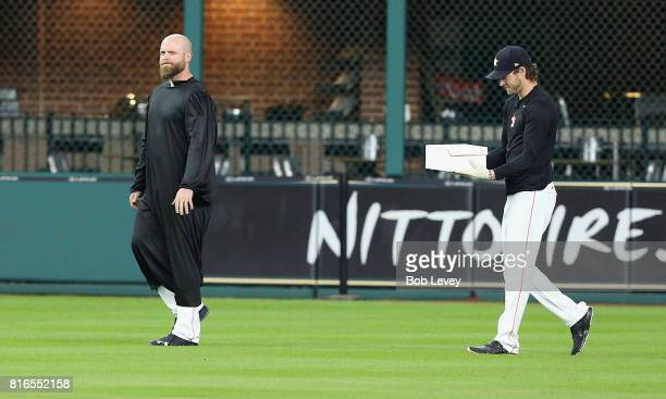 Brian McCann prepares to give the eulogy as the Astros have a funeral in center field for the glove Carlos Beltran carried by Josh Reddick Beltran...