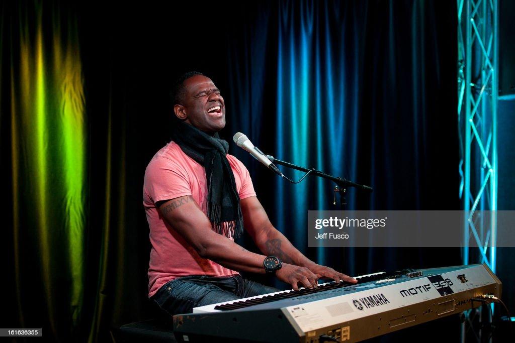 Brian McKnight performs at the WDAS iHeart Performance Theater on February 13, 2013 in Bala Cynwyd, Pennsylvania.