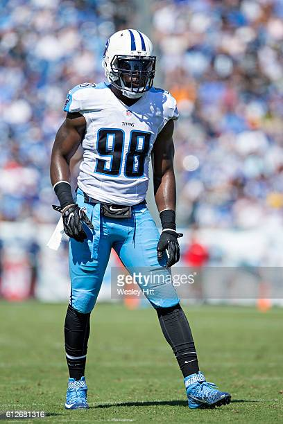 Brian Orakpo of the Tennessee Titans at the line of scrimmage during a game against the Oakland Raiders at Nissan Stadium on September 25 2016 in...