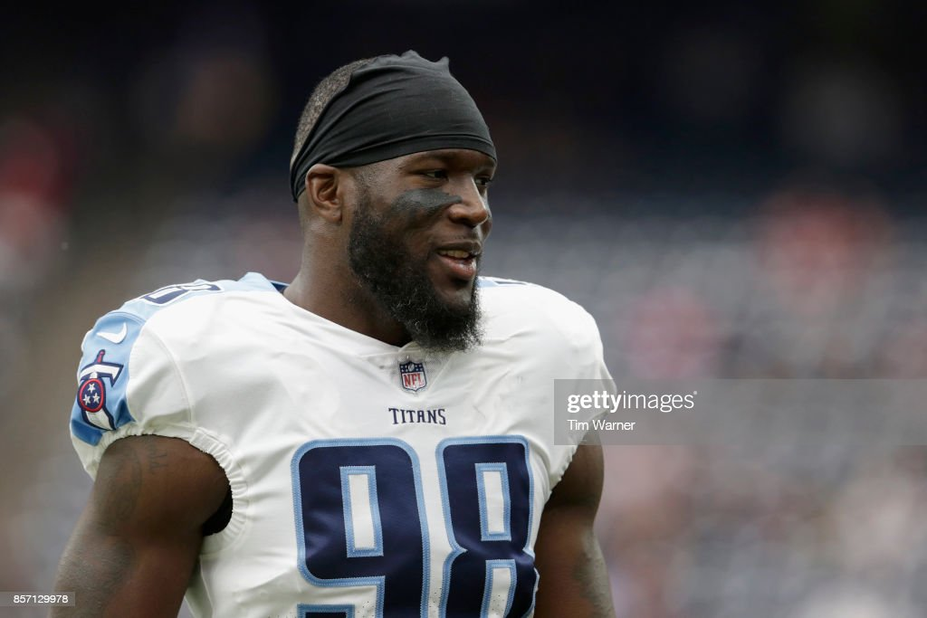 Brian Orakpo #98 of the Tennessee Titans warms up before the game against the Houston Texans at NRG Stadium on October 1, 2017 in Houston, Texas.