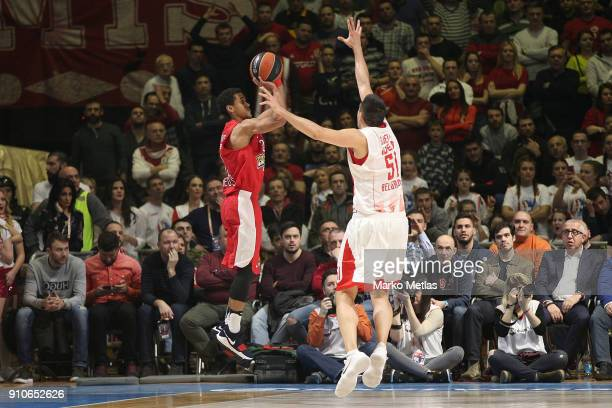 Brian Roberts #22 of Olympiacos Piraeus competes with Milko Bjelica #51 of Crvena Zvezda mts Belgrade during the 2017/2018 Turkish Airlines...