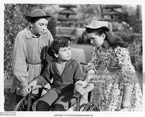 Brian Roper Dean Stockwell and Margaret O'Brien in a scene from the film 'The Secret Garden' 1949