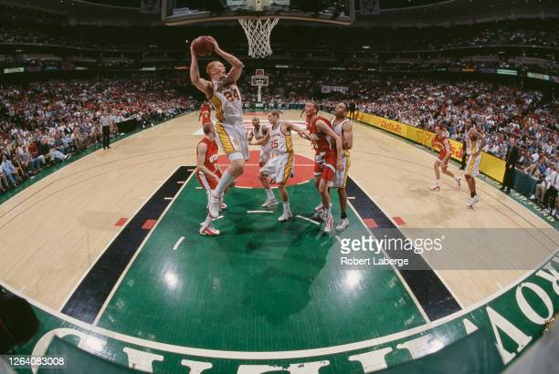 Brian Scalabrine,Center for the University of Southern California Trojans jumps to collect the rebound ball during the NCAA Pac-10 Conference college...