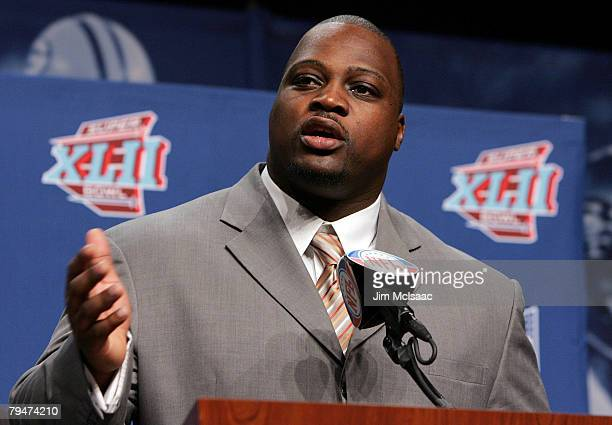 Brian Waters of the Kansas City Chiefs speaks during the Walter Payton Award Press Conference on February 1 2008 at the Phoenix Convention Center in...