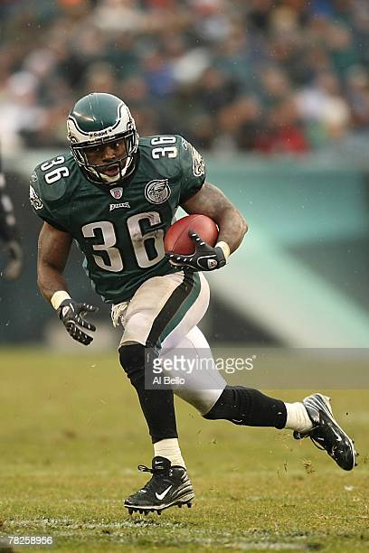 Brian Westbrook of the Philadelphia Eagles carries the ball during the NFL game against the Seattle Seahawks at the Lincoln Financial Field on...