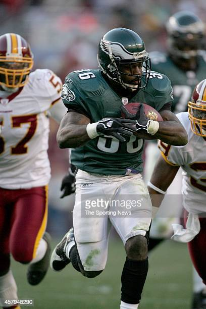 Brian Westbrook of the Philadelphia Eagles runs with the ball during a game against the Washington Redskins on December 10 2006 at FedEx Field in...