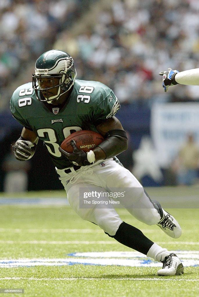 Philadelphia Eagles vs Dallas Cowboys : News Photo