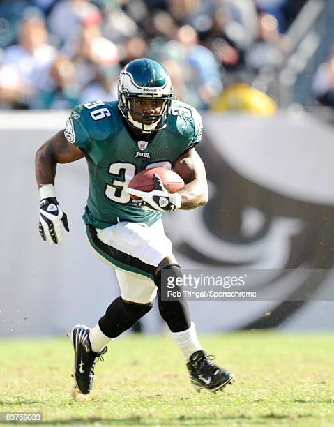 Brian Westbrook of the Philadelphia Eagles rushes against the Atlanta Falcons on October 26, 2008 at Lincoln Financial Field in Philadelphia,...