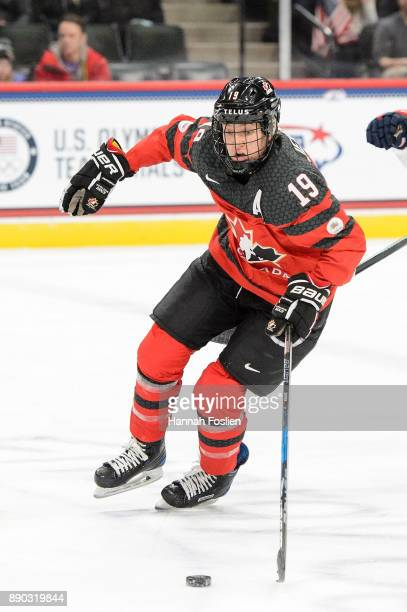 Brianne Jenner of Canada controls the puck against the United States during the game on December 3 2017 at Xcel Energy Center in St Paul Minnesota...