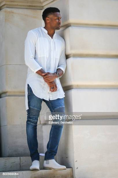 Brice Butler attends the Balmain Menswear Spring/Summer 2018 show as part of Paris Fashion Week on June 24 2017 in Paris France