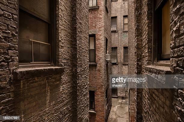 Edificio de ladrillo alley