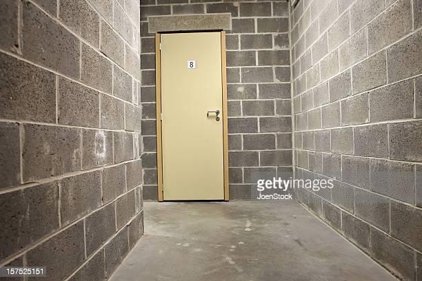 Mauerwerk Weinkeller und eine Tür