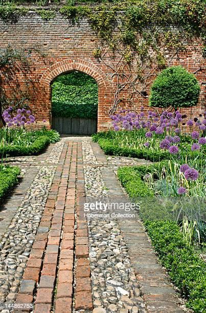 Bricked Garden Footpath English Garden