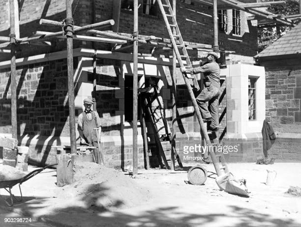Bricklayers at work August 1939
