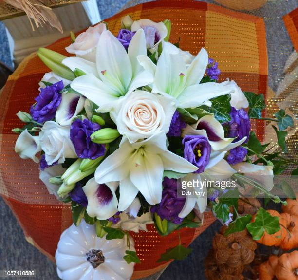 bridal bouquet of white and purple - calla lilies white stock pictures, royalty-free photos & images