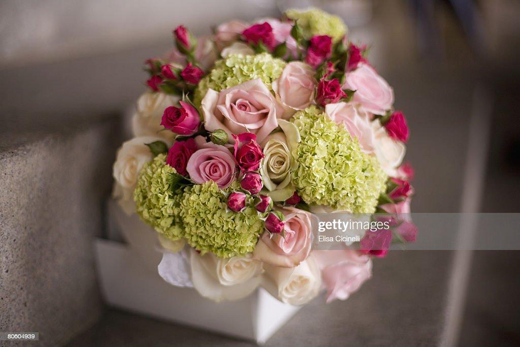 Bridal flower bouquet : Stock Photo