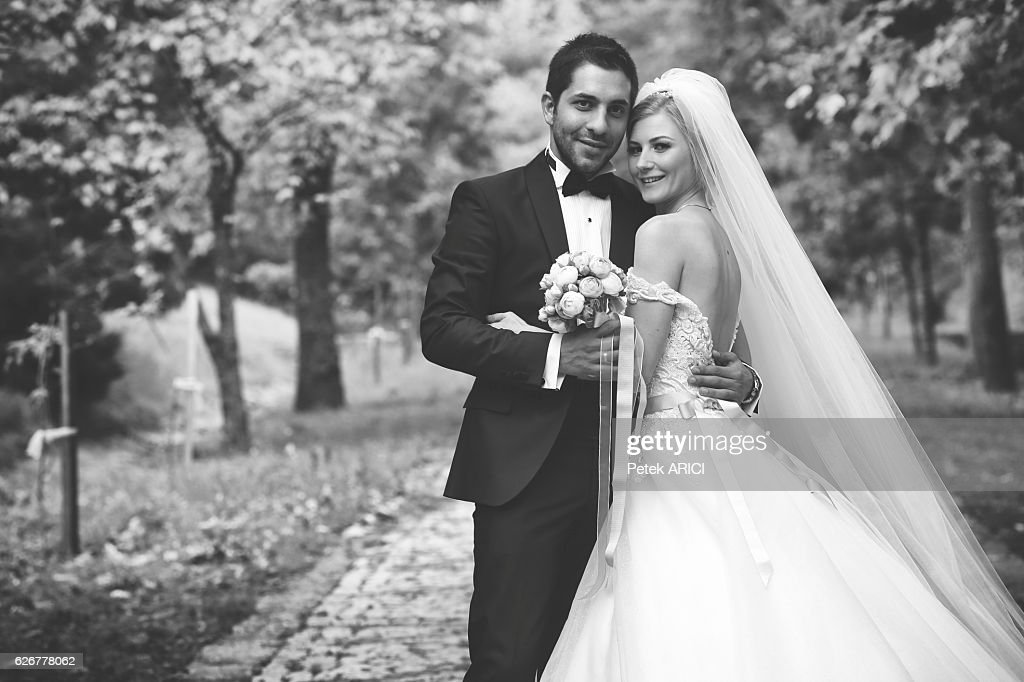 6896544d42dcf Bride Amp Groom Stock Photo