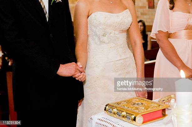 bride and groom holding hands - groom stock pictures, royalty-free photos & images