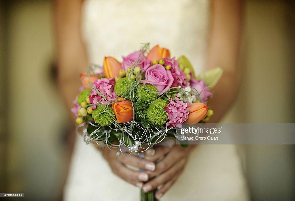 Bride Bouquet : Stock Photo