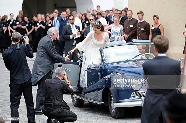 Bride Cleopatra von Adelsheim Cleopatra zu OettingenSpielberg and her father Louis von Adelsheim arrive to the wedding of hereditary Prince...