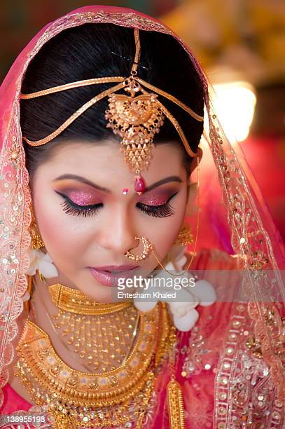 bride in wedding dress - bangladeshi bride stock photos and pictures