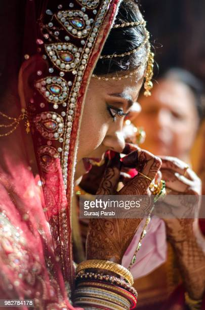 bride - bindi stock pictures, royalty-free photos & images