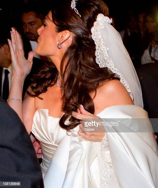 Bride Rebeca Garza arrives to her wedding with Pedro Fernandez on October 9 2010 in Mexico City Mexico