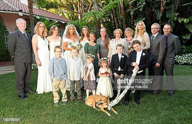 Bride Shannon Tweed and family members attend the wedding of Gene Simmons and Shannon Tweed at the Beverly Hills Hotel on October 1 2011 in Los...