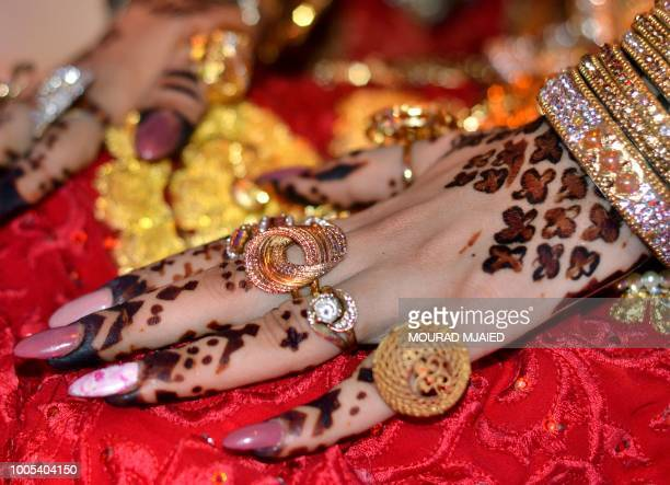 Henna Leaves Stock Photos And Pictures Getty Images