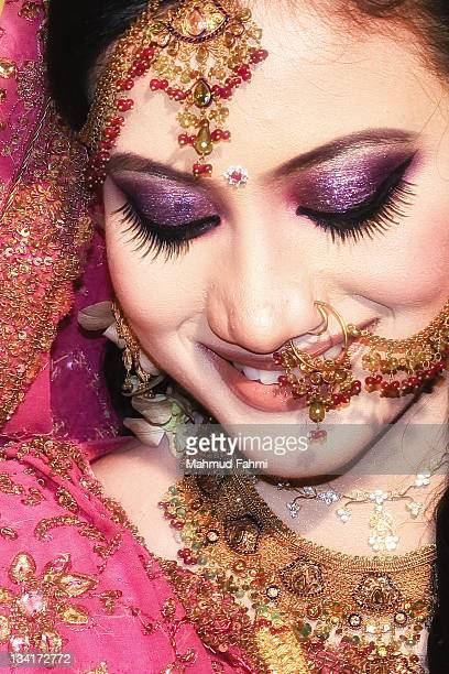 bride smiling - bangladeshi bride stock photos and pictures